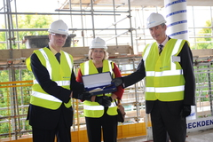 uni Surrey Jeff Niehorster at Surrey LRC topping out Oct 10